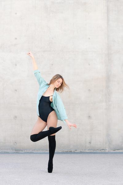 Photo de danseuse classique pointes