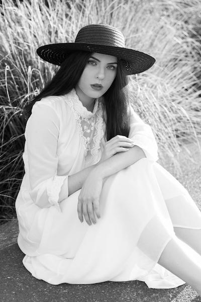 Portrait femme noir et blanc Nancy naturel