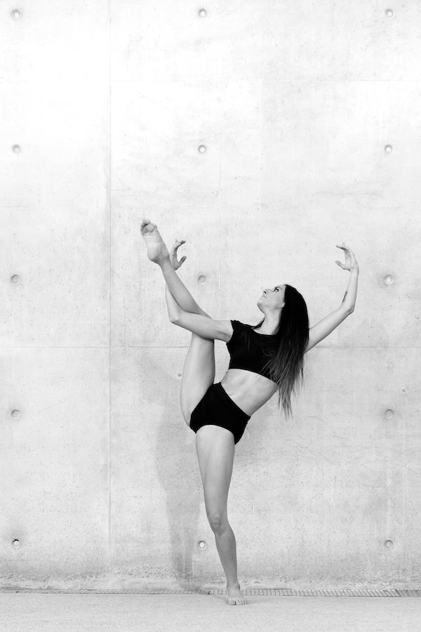 Séance photo danseuse professionnelle contemporaine moderne