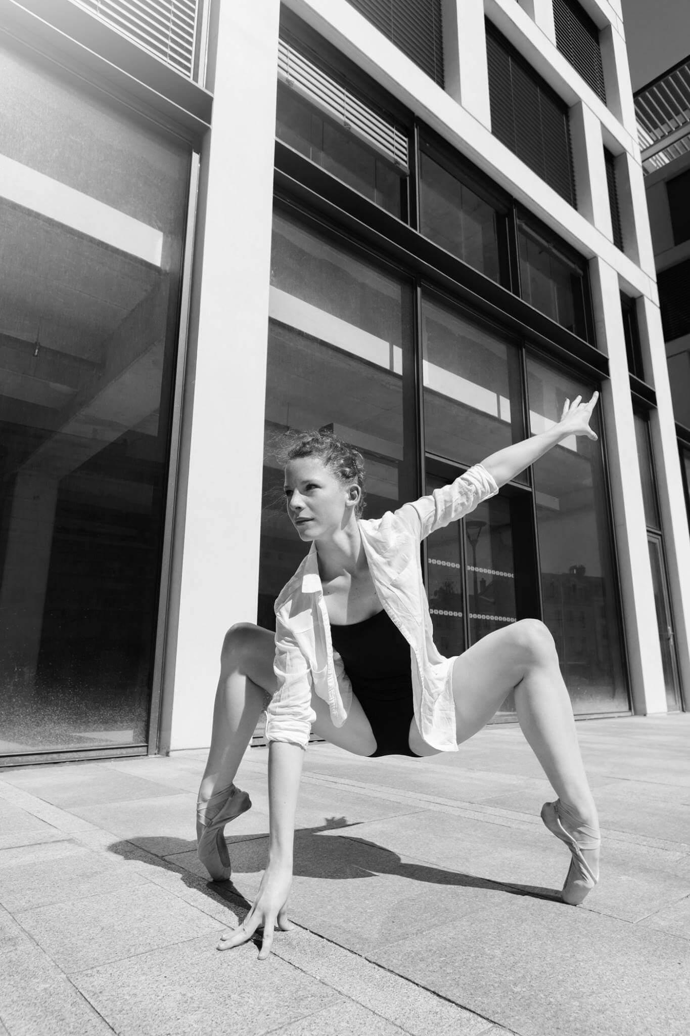 Danse sur pointes moderne futuriste