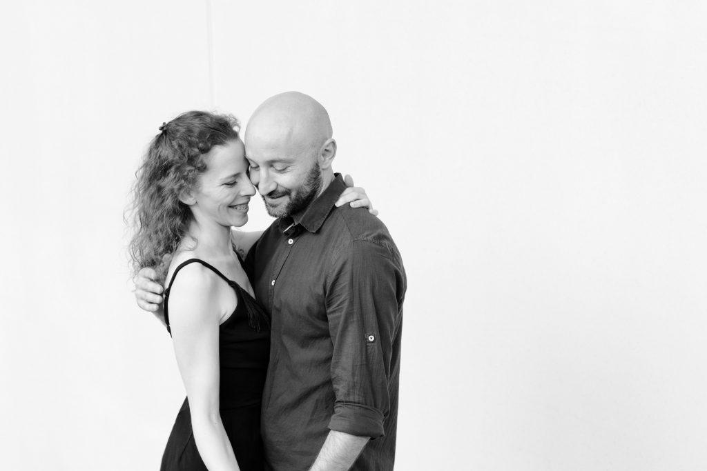 Shooting photo d'un couple de danseurs